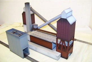 HO Models of Small Coke Oven Bank & Quench Tower